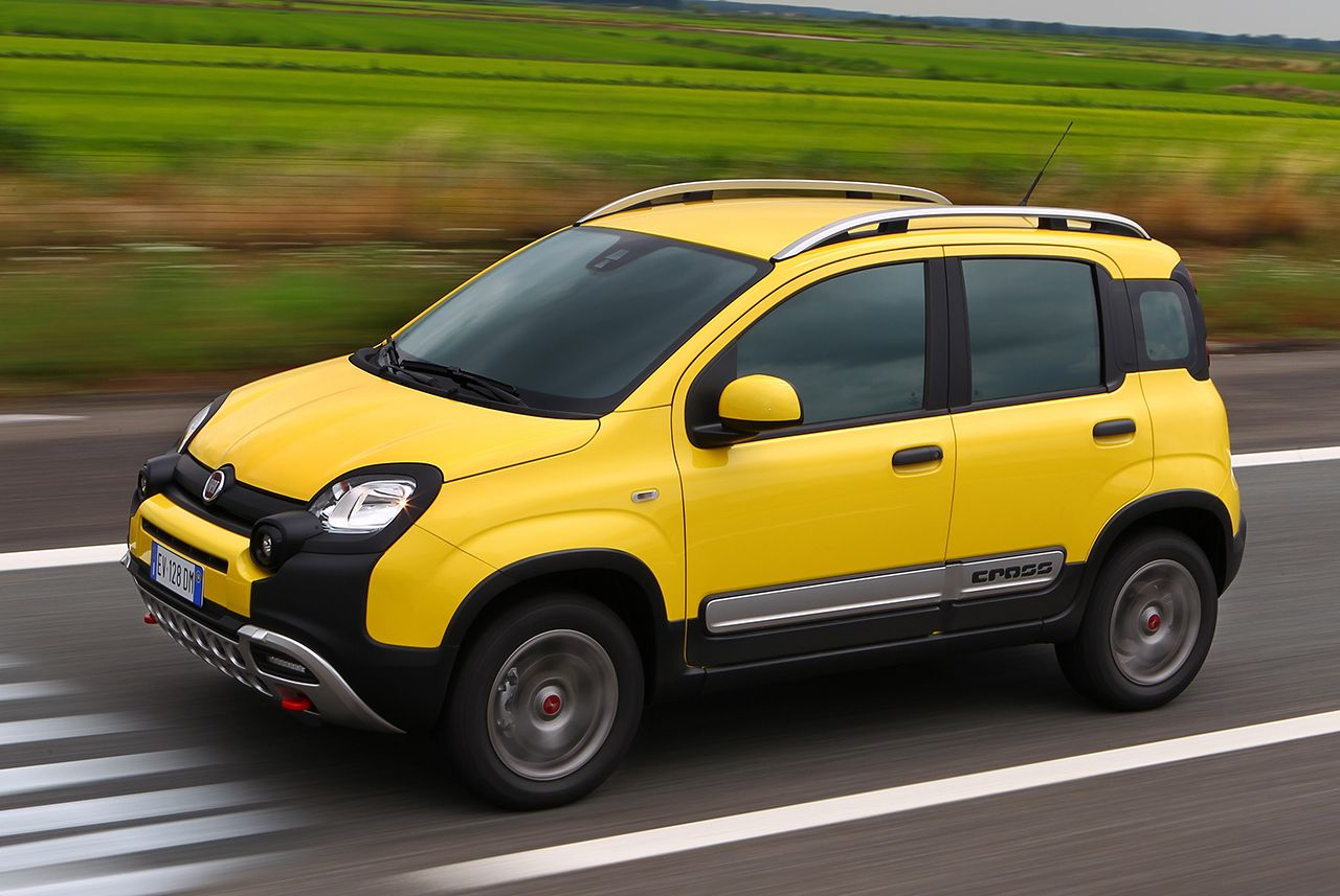 fiat panda cross autohaus roll. Black Bedroom Furniture Sets. Home Design Ideas